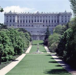 Palacio Real - Attractions/Entertainment - Plaza de Oriente, Madrid, Comunidad de Madrid, ES