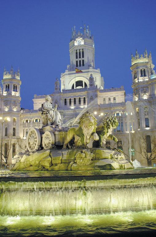 Puerta De Alcalá - Attractions/Entertainment - Puerta de Alcalá, 28014 Madrid, Madrid, Comunidad de Madrid, ES