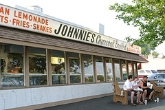 Johnnie's Beef - Restaurant - 7500 West North Avenue, Elmwood Park, IL, 60707
