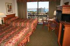 Best Western Bayside Inn - Hotel - 555 W Ash St, San Diego, CA, 92101
