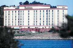 Radisson Hotel SFO Bay Front - Hotel - 5000 Sierra Point Pkwy, Brisbane, CA, 94005, US