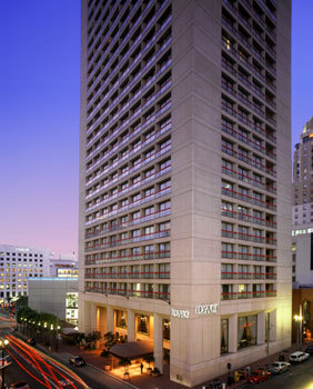 Grand Views Lounge @ Hyatt - Hotels/Accommodations, Reception Sites, Bars/Nightife - 345 Stockton Street, San Francisco, CA, United States