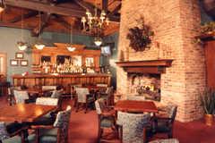 Country Suites Chanhassen - Hotel - 591 W 78th St, Chanhassen, MN, 55317