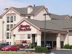 Hampton Inn & Suites Tulsa-Woodland Hills 71st-Memorial, OK - Hotel - 7141 South 85th East Avenue, Tulsa, OK, United States