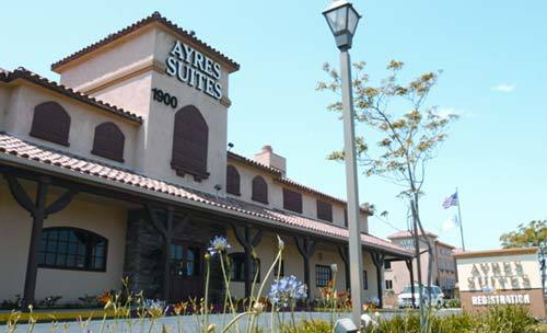 Ayers Suites - Hotels/Accommodations - 1900 Frontage Rd, Corona, CA, 92882