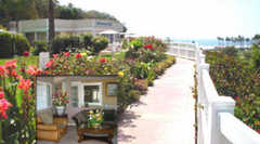 Malibu Country Inn - Hotel - 6506 Westward Beach Rd, Malibu, CA, United States