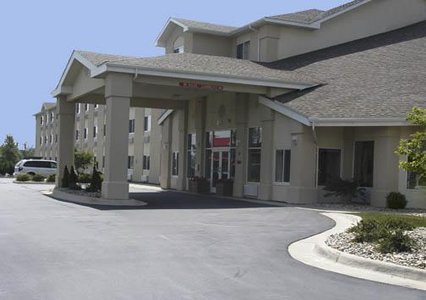 Comfort Inn & Suites Dimondale Mi Hotel - Hotels/Accommodations - 9742 Woodlane Drive, Dimondale, MI, United States