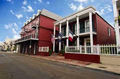 Le Richelieu Hotel - Hotel - 1234 Chartres St, Orleans Parish, LA, 70116, US