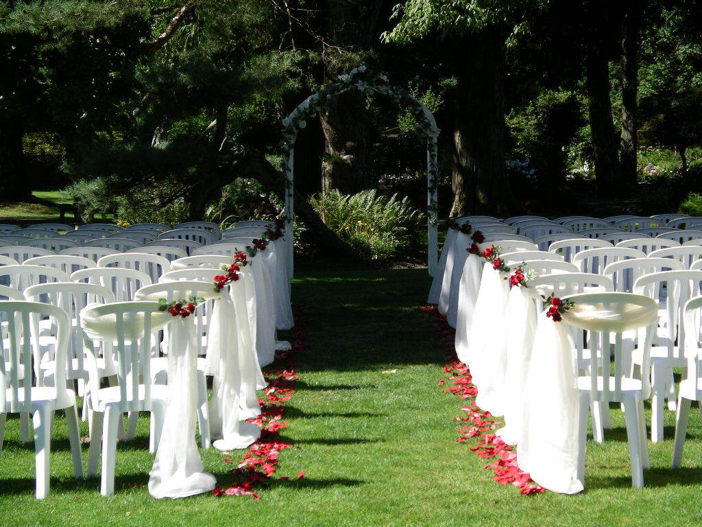 Harrison Hot Springs Resort & Spa - Ceremony Sites, Reception Sites, Hotels/Accommodations, Restaurants - 100 Esplanade, Harrison Hot Springs, BC, Canada