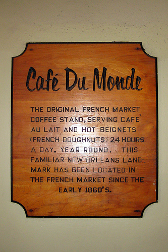 Café Du Monde - Restaurants - 800 Decatur Street, New Orleans, LA, United States