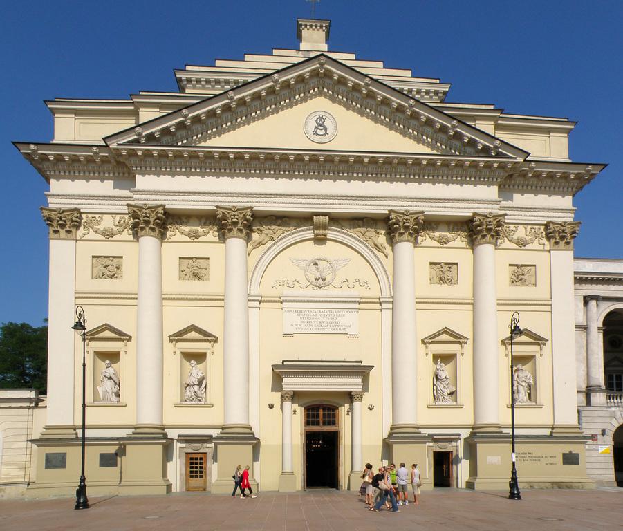 Kościół św. Anny - Ceremony Sites - Krakowskie Przedmieście 68, Warszawa, Mazowieckie, Polska