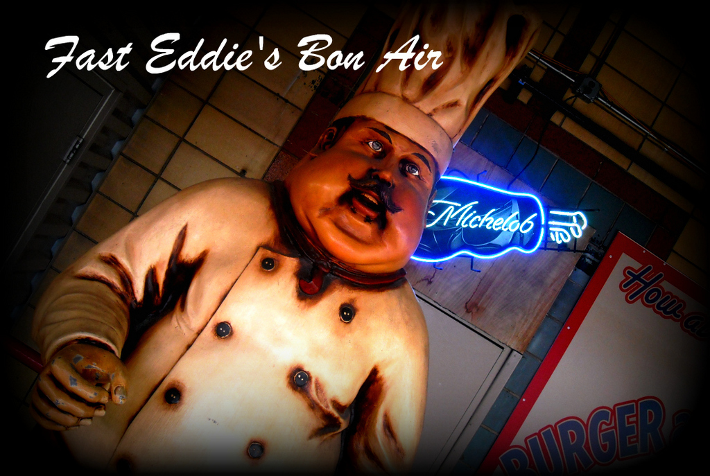 Fast Eddie's Bon-air - Restaurants, Bars/Nightife - 1530 East 4th Street, Alton, IL, United States