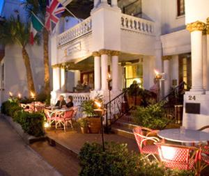 Tini Martini Bar - Attractions/Entertainment, Bars/Nightife, Restaurants - 24 Avenida Menendez, St Augustine, FL