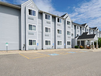 Microtel inn and suites - Hotels/Accommodations, Honeymoon - 150 St john Dr, Owatonna, MN, 55060, usa