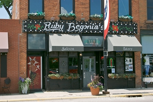 Ruby Begonia's Bar & Restaurant - Restaurants, Attractions/Entertainment - 112 Main Street North, Stillwater, MN, United States