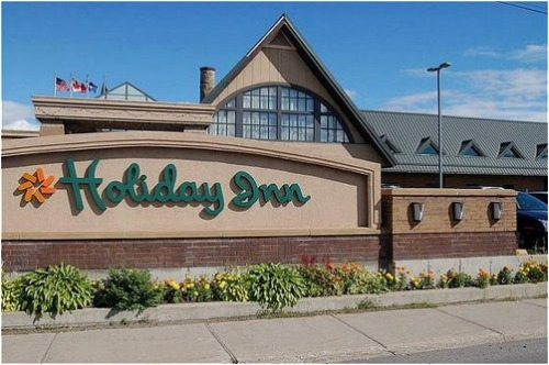 Holiday Inn Montreal Airport - Hotels/Accommodations - 6500 Cote De Liesse, Montreal, QC, Canada