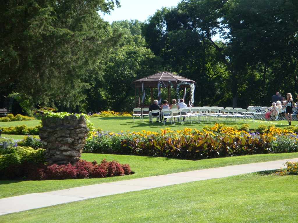 Barber & Oberwortman Horticultural Center - Reception Sites, Ceremony & Reception - 227 Gougar Rd, Joliet, IL, United States