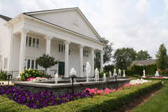White House Wedding Chapel - Ceremony - 4860 E 13 Mile Rd, Warren, MI, United States