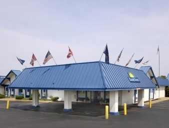 Days Inn Conference Center - Hotels/Accommodations - 18360 Conneaut Lake Rd, Meadville, PA, 16335