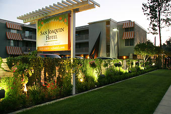 San Joaquin Suite Hotel - Hotels/Accommodations - 1309 W Shaw Ave, Fresno, CA, 93711