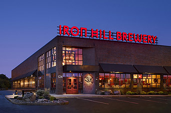 Iron Hill Brewery & Restaurant - Restaurants - 124 E Kings Hwy, Maple Shade Township, NJ, 08052