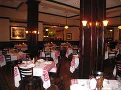 Maggiano's Little Italy - Restaurant - 2000 Rte 38 #1180, Cherry Hill, NJ, 08002