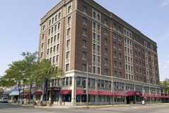 Ramada Plaza Hotel - Reception - 1 N Main St, Fond du Lac, WI, 54935