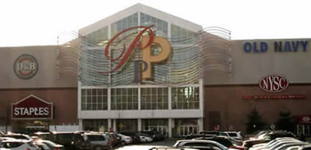 Palisades Mall - Attractions/Entertainment - 4662 Palisades Center Drive, West Nyack, NY, United States