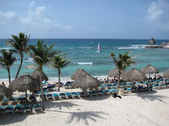 Catalonia Yucatan Beach Resort - Ceremony Sites, Hotels/Accommodations - Av. Xcacel, Lote 1, Plano 2, Mz. 18, Puerto Aventuras, Mexico