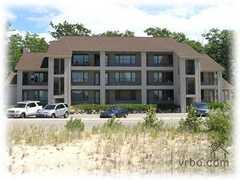 Elk Rapids Beach Resort - Condos - 8975 N Bayshore Dr, Elk Rapids, MI, 49629