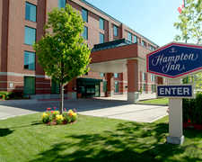 Hampton Inn - Reception - 100 Coventry Rd, Ottawa, ON, K1K 4S3
