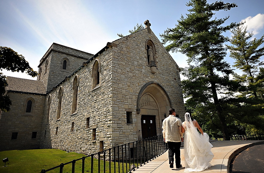 St Hugo Of The Hills Church - Ceremony Sites - 2215 Opdyke Rd, Bloomfield Hills, MI, 48304