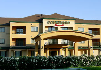 Courtyard By Marriott Hotel - Hotels/Accommodations - N Expy 77-83, Brownsville, TX, 78520