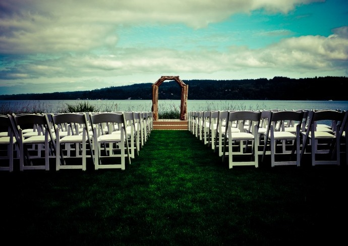 The Edgewater House - Ceremony & Reception, Photo Sites - 11967 Luna Vista Ave., SE, Olalla, WA, 98359, USA