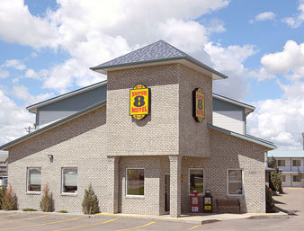 Super 8 - Hotels/Accommodations - 1280 Trans Canada Way SE, Medicine Hat, AB, CA