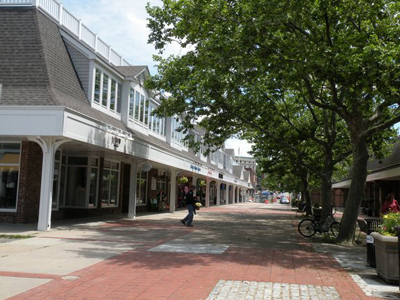 Bannister's Wharf - Shopping - Long Wharf Mall, Newport, Rhode Island, US