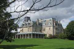 Chateau-sur-Mer - Newport Mansions - 474 Bellevue Avenue, Newport, RI, United States