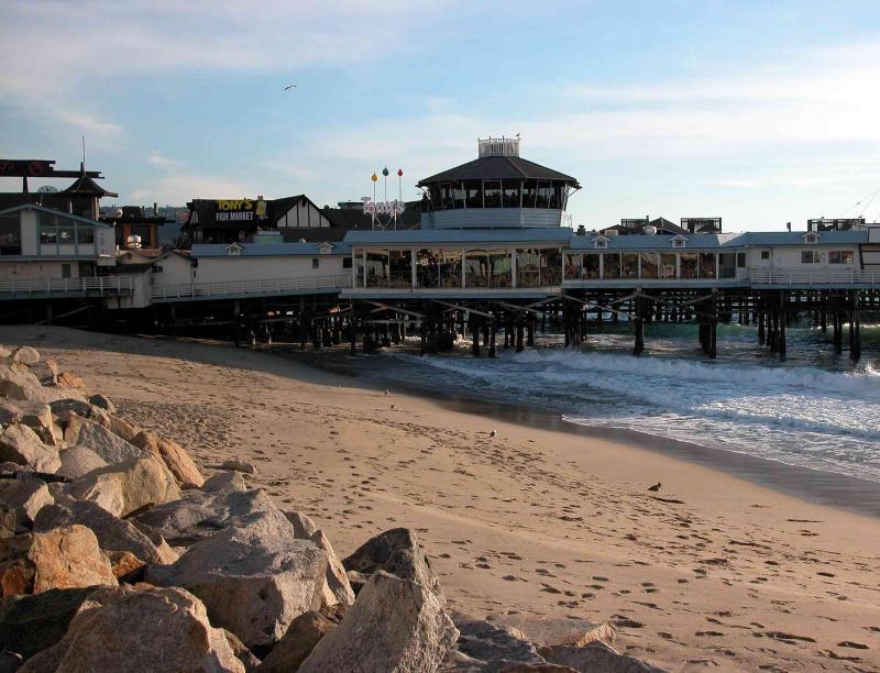 Tony's On The Pier - Restaurants, Bars/Nightife - 210 Fishermans Wharf, Redondo Beach, CA, United States