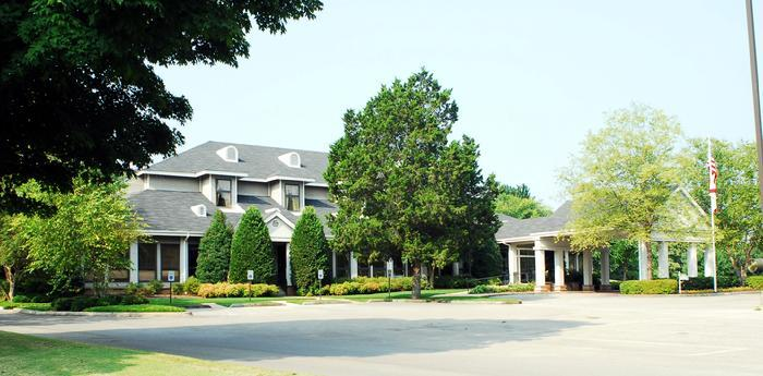 Decatur Country Club - Reception Sites - 2401 Country Club Road, Decatur, AL, 35601, United States