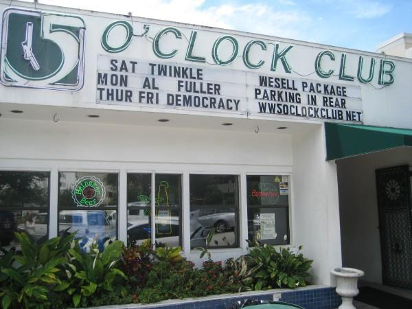 Five O'clock Club - Attractions/Entertainment, Bars/Nightife - 1930 Hillview Street, Sarasota, FL, United States