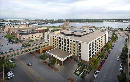 Radisson Quad City Plaza - Reception Sites, Hotels/Accommodations - 111 E. 2nd Street, Davenport, IA, 52801, US