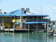 Wahoo's Bar & Grill - Restaurant - 83413 Overseas Hwy, Islamorada, FL, 33036
