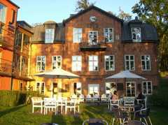 Hotell J - Hotel - Ellensviksv 1