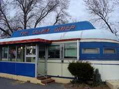 Salem Diner - Restaurant - 70 Loring Ave, Salem, MA, 01970, USA