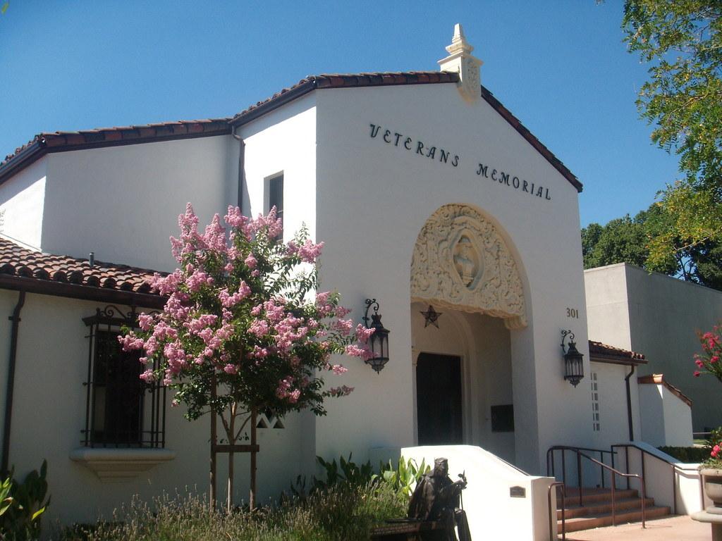 Veterans Memorial Hall