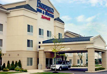 Fairfield Inn & Suites Cleveland Avon - Hotels/Accommodations - 39050 Colorado Avenue, Avon, OH, United States
