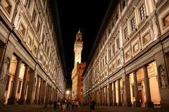 Piazzale degli Uffizi - Attractions - Piazzale degli Uffizi, Florence, Tuscany, 50122