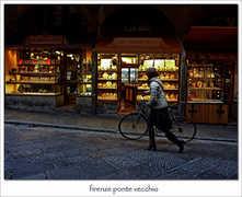 Ponte Vecchio - Attractions - Ponte Vecchio, Firenze, Toscane, Italy