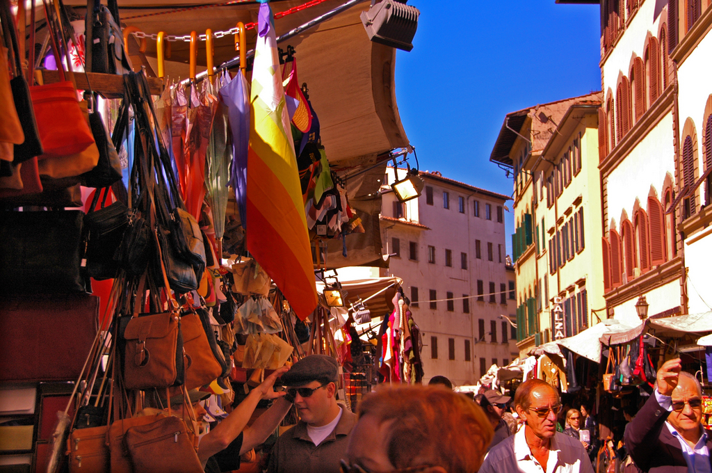 Mercato Di San Lorenzo - Shopping, Attractions/Entertainment - Piazza di San Lorenzo, 7, Florence, Italy