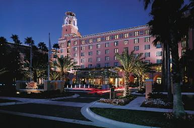 Vinoy® Renaissance St. Petersburg Resort & Golf Club - Hotels/Accommodations, Ceremony Sites - 501 5th Avenue Northeast, St. Petersburg, FL, United States